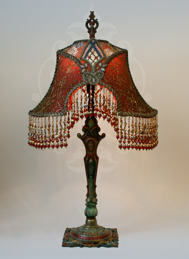 Antique metallic lace lamp